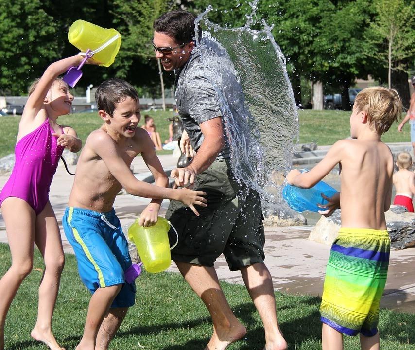 Kinder spiele Sommer
